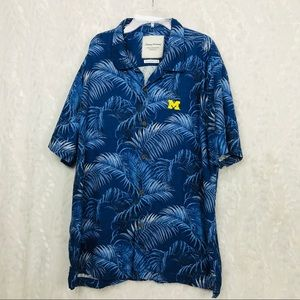 Tommy  Bahama Blue Hawaiian floral silk camp shirt